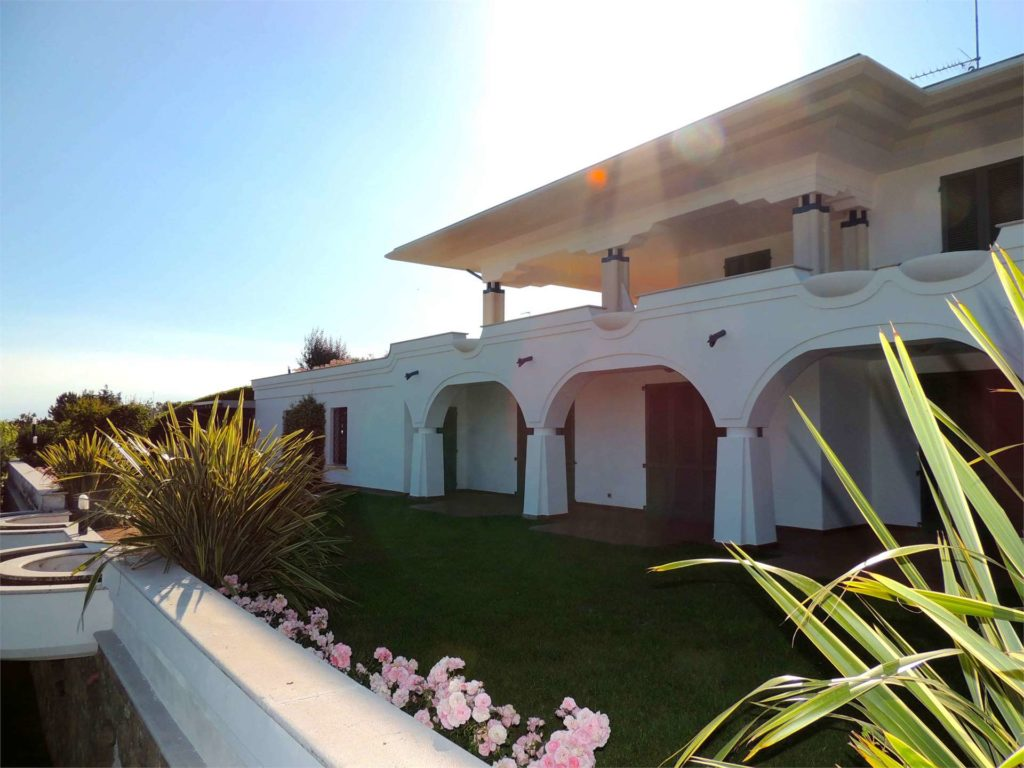 Indipendent Villa With private pool